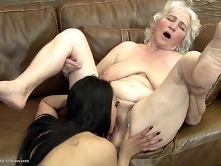 Grandmas display what a real girl/girl fuckfest should glance like unorthodox sexual congress