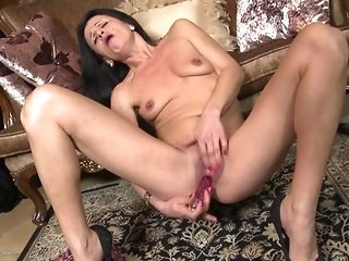 Small-Chested thin grannie Reaches climax Wide fake penis mould sex