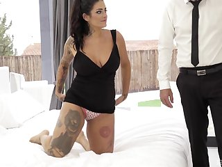 Chubby tattooed brunette Raquel Adan gets fucked in be passed on botheration hardcore