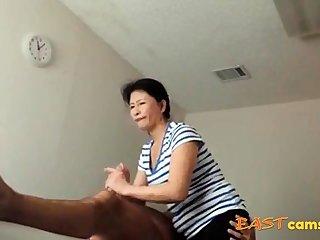 Asian Massage Salon Old Asian Lassie Makes Client Ejaculate