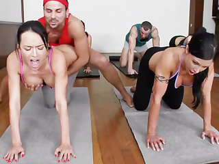 Yoga academe and 4 sizzling college girls with meaty cupcakes
