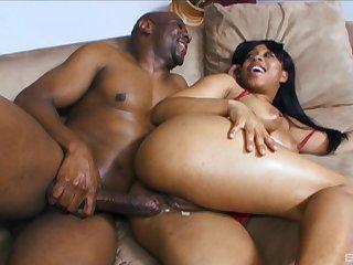 Ebony beauty Myeshia Nikole gets her pussy cream pied by a black cock