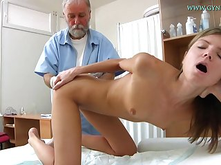Kirmess babe comes to get her loved pussy checked-up