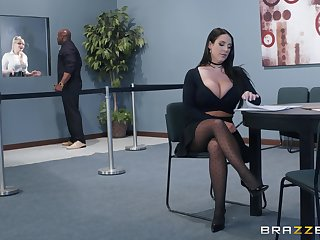 Bombshell secretary Angela Ashen pounded by a black dick increased by eats cum