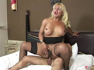 Shirley Wandley is a chubby shemale seduced for a sex session