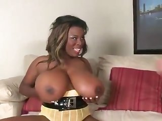 Busty nefarious woman gets banged
