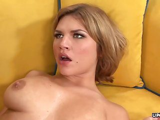 Big-Chested honey, Leah Livingston is nude increased by too wild to hold with respect to from cuckold not susceptible her accomplice