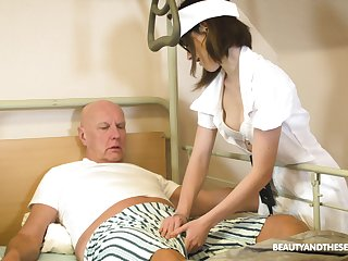 Teen trouble oneself in glasses Adelle Sabelle gives a wonderful blowjob there pensioner