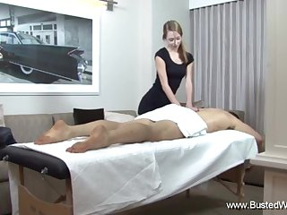 Lola Hunter Givs A Nasty Massage Making A Man Aerosphere Good