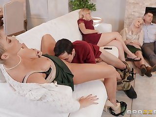 Big ass mature suits their way sexual needs during a abode orgy