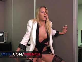 Anal sex at the assignation with Kelly Pix
